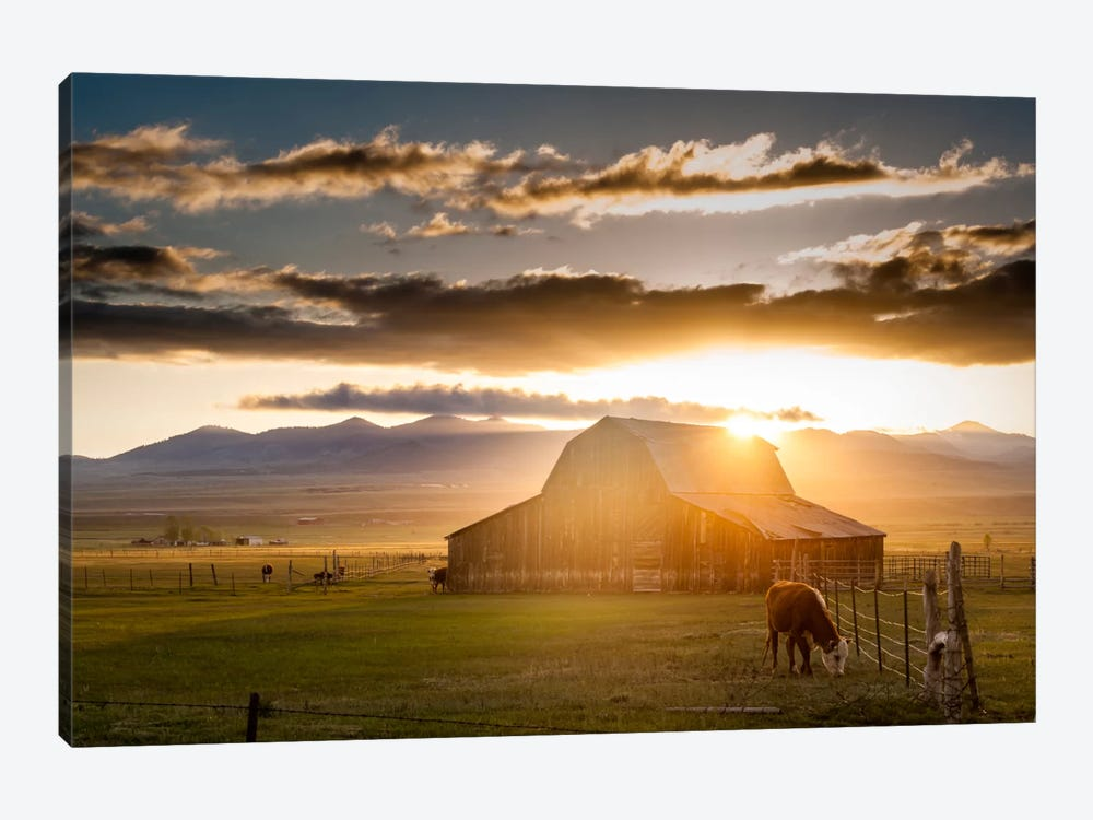 Wet Mountain Barn l 1-piece Canvas Print
