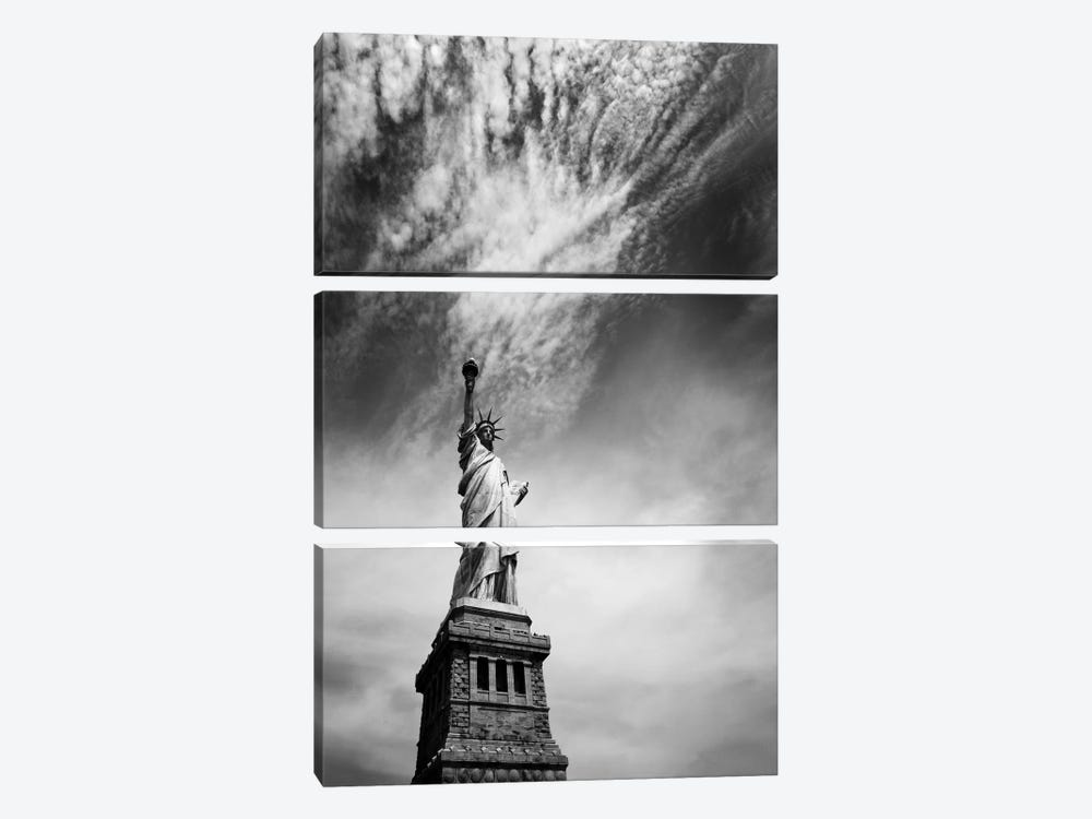 NYC Miss Liberty by Nina Papiorek 3-piece Canvas Artwork