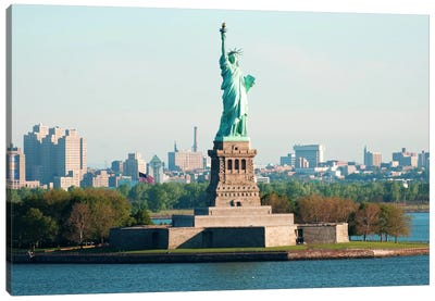 Statue of Liberty Canvas Print #3665