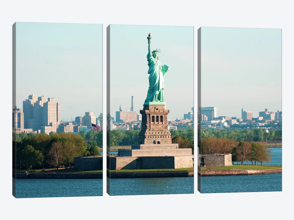 Statue of Liberty 3-piece Canvas Art Print
