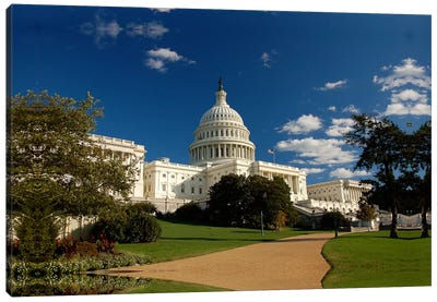 Capitol Building Canvas Art Print