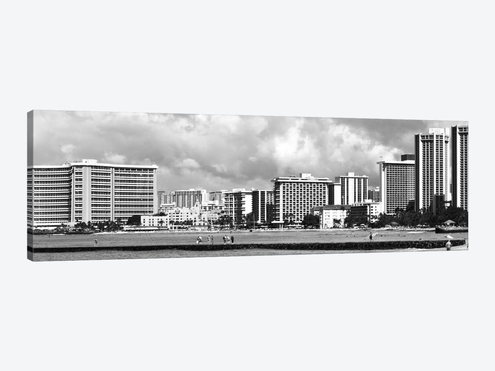 Honolulu Panoramic Skyline Cityscape (Black & White) 1-piece Canvas Art