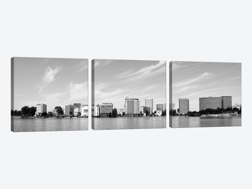 Oakland Panoramic Skyline Cityscape (Black & White) 3-piece Canvas Art Print