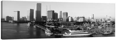 Miami Panoramic Skyline Cityscape (Black & White - Sunrise) Canvas Print #6259