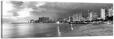 Honolulu Panoramic Skyline Cityscape (Black & White - Sunset) Canvas Print #6289