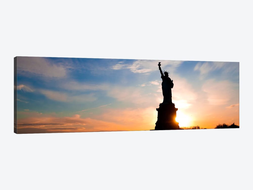 New York Panoramic Skyline Cityscape (Statue of Liberty - Sunset) 1-piece Canvas Art Print