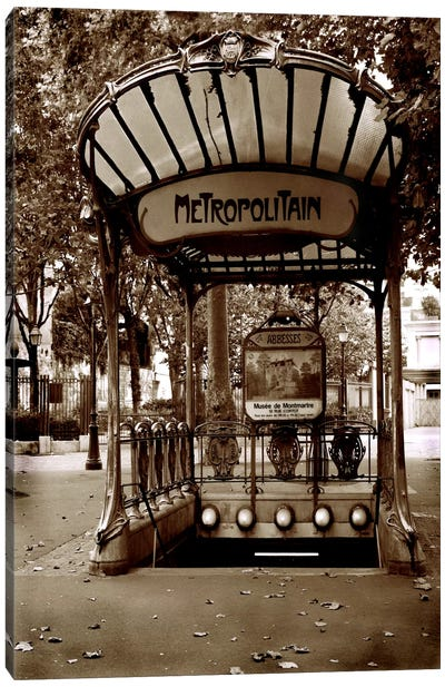 Metropolitain (Paris) Canvas Art Print