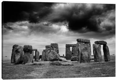 Stonehenge, England Canvas Art Print