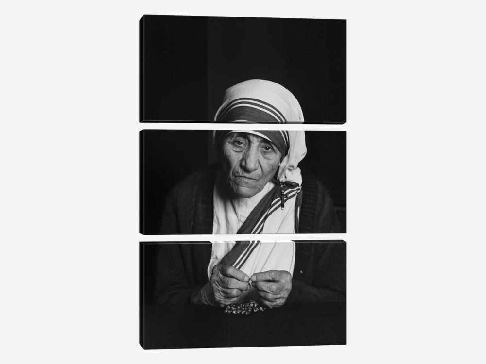Mother Teresa Photograph 3-piece Canvas Art