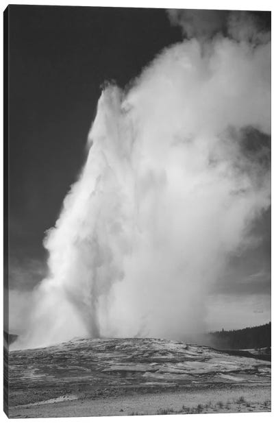 Old Faithful Geyser, Yellowstone National Park Canvas Art Print
