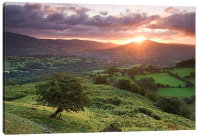 Sugarloaf Sunrise Canvas Print #ABU40