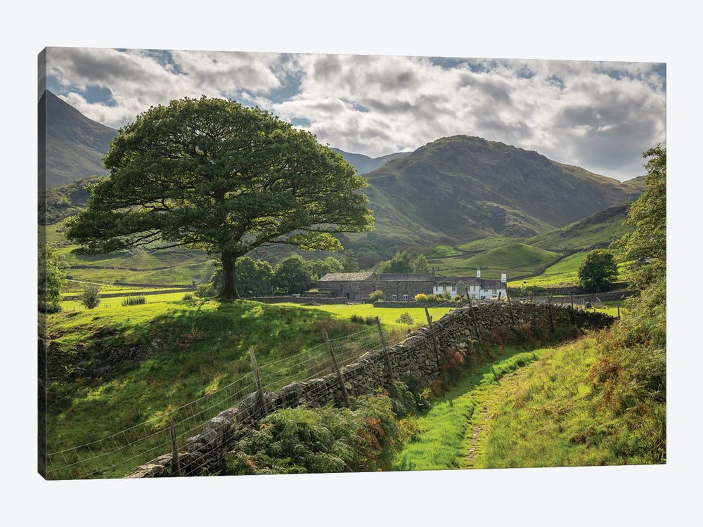Approaching The Shire 1-piece Canvas Wall Art