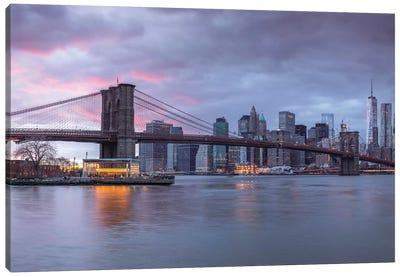 New York XVI Canvas Art Print