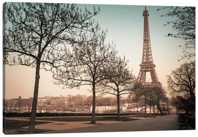 Remembering Paris Canvas Art Print