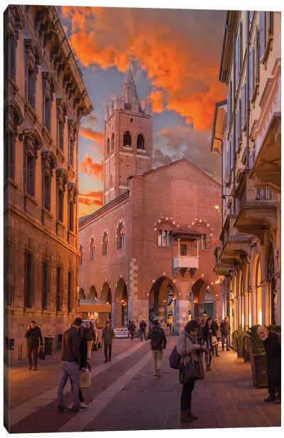 Arengario, Monza Canvas Art Print