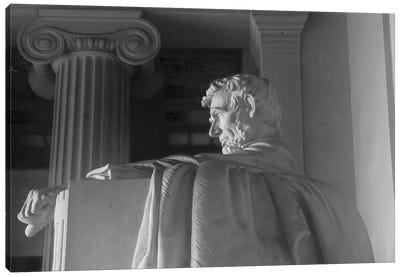 Lincoln Memorial III Canvas Art Print