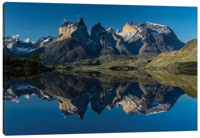 Cuernos del Paine at sunset, Torres del Paine National Park, Chile, Patagonia Canvas Art Print