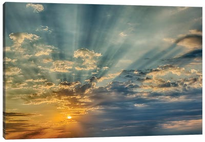 Sunbeams streaming through clouds at sunset, Cincinnati, Ohio Canvas Art Print