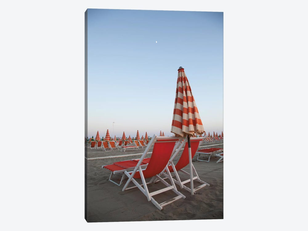 At the Beach IV by Aledanda 1-piece Canvas Art