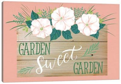 Farmhouse Flowers III Canvas Art Print