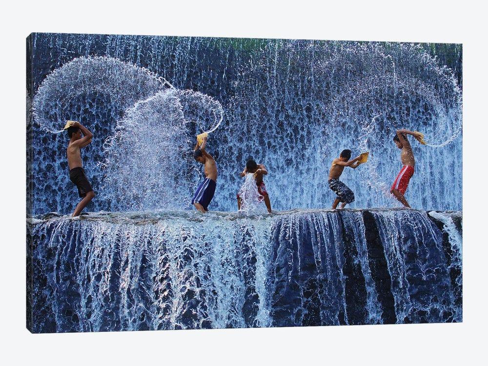 Playing with splash by Angela Muliani Hartojo 1-piece Art Print