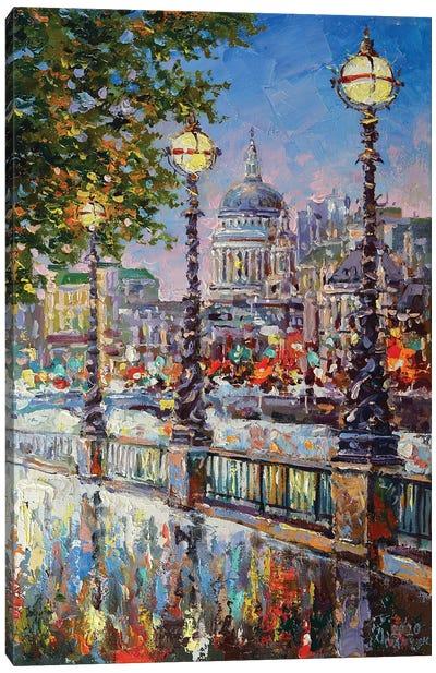 London VI Canvas Art Print