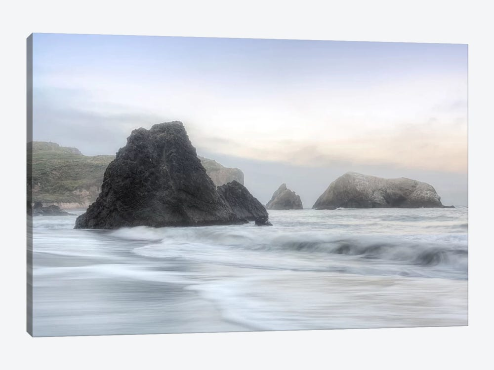 Crescent Beach Waves I 1-piece Art Print