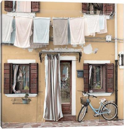 Venetian Bicicletta I Canvas Art Print