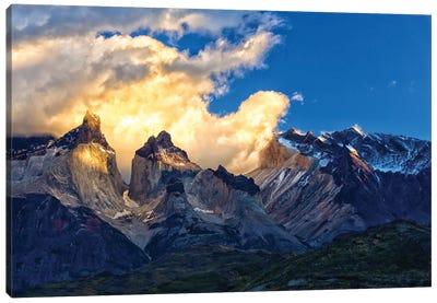 Cloud In The Mountain Canvas Art Print