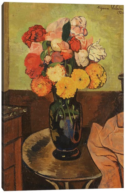 Vase Of Flowers On A Round Table (Vase de Fleurs Sur Une Table Ronde), 1920 Canvas Art Print