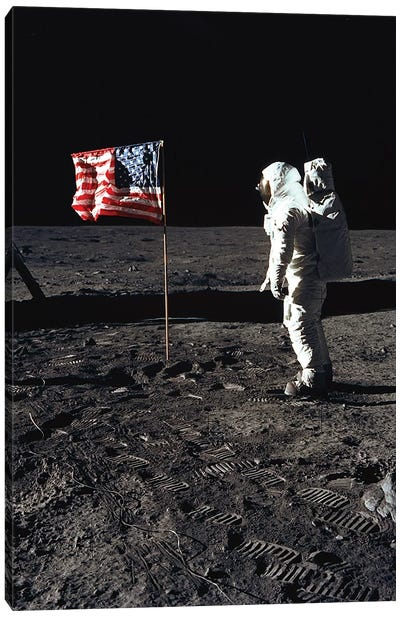 "American Astronaut Edwin ""Buzz"" Aldrin walking on the moon on July 20, 1969 during Apollo 11 mission Canvas Art Print"
