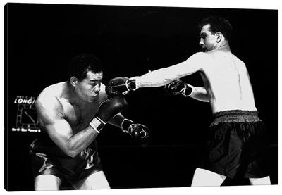 American boxer Joe Louis  fighting with Billy Conn 1946 Canvas Art Print