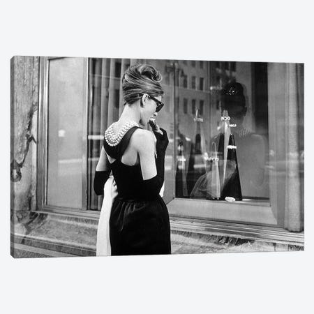 Diamants sur canape Breakfast at Tiffany's de BlakeEdwards avec Audrey Hepburn 1961  Canvas Print #BMN8530} by Rue Des Archives Canvas Wall Art
