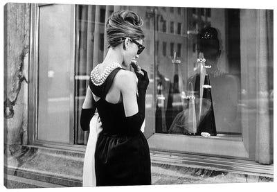 Diamants sur canape Breakfast at Tiffany's de BlakeEdwards avec Audrey Hepburn 1961  Canvas Art Print