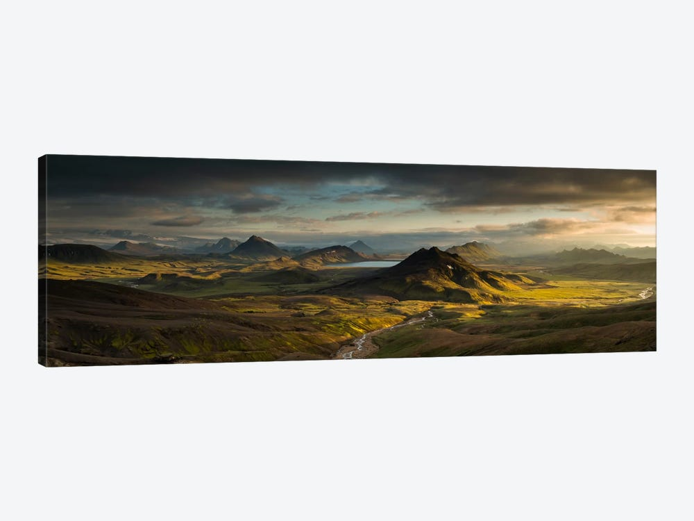 Lake Alftavatn, Laugavegur Trail, Iceland by Rob Brown 1-piece Canvas Wall Art