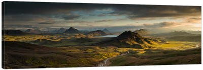 Lake Alftavatn, Laugavegur Trail, Iceland Canvas Art Print