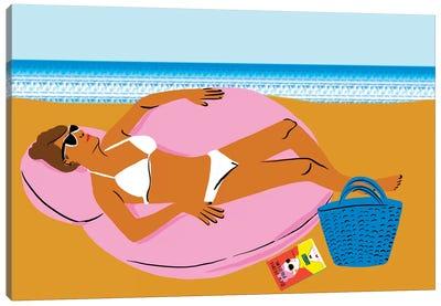 Beachy Keen I Canvas Art Print