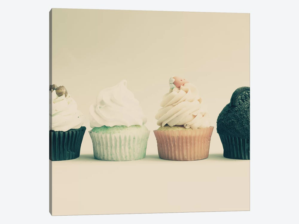 Retro Cupcakes by Caroline Mint 1-piece Canvas Artwork