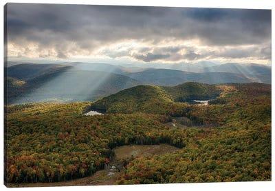 USA, New York State. Autumn sunrays in the mountains, Adirondack Mountains. Canvas Art Print