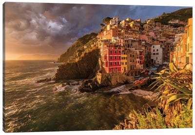 Climatic Roller Coaster (Le Cinque Terre, Italy) Canvas Art Print