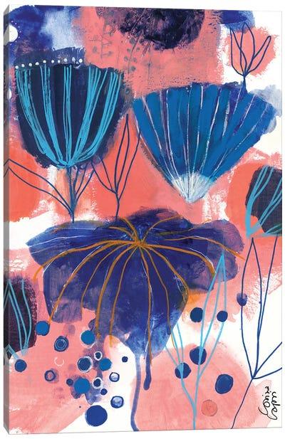 Blumen Blues Canvas Art Print