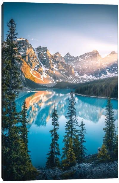 Moraine Lake - Banff - Canada Canvas Art Print