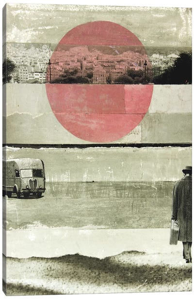 Pink Moon Rising Canvas Print #DBW28