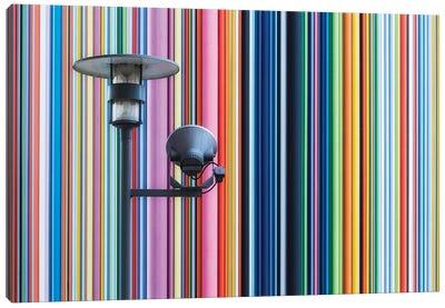 Paris La Défense VIII Canvas Art Print