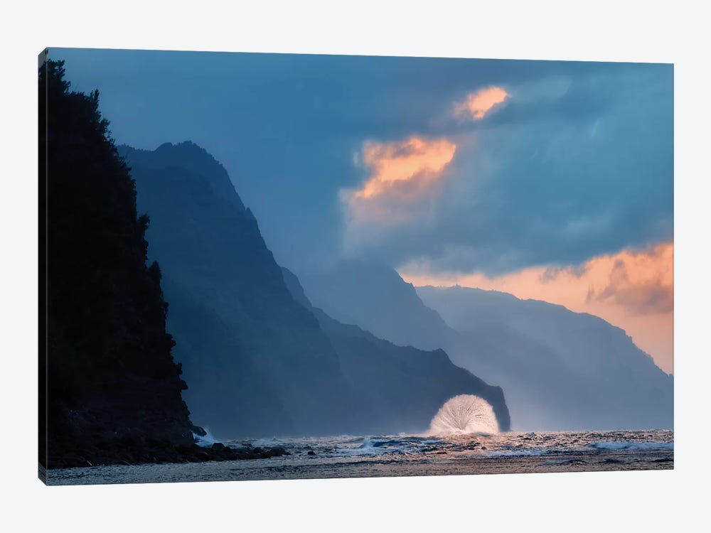Wave Fan by Dennis Frates 1-piece Canvas Art