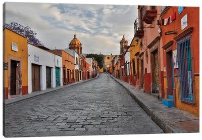 San Miguel De Allende, Mexico. Street scene Canvas Art Print