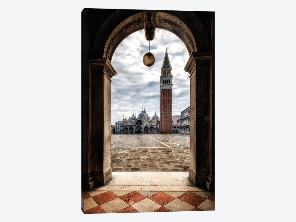 Looking Out by Danny Head 1-piece Canvas Artwork