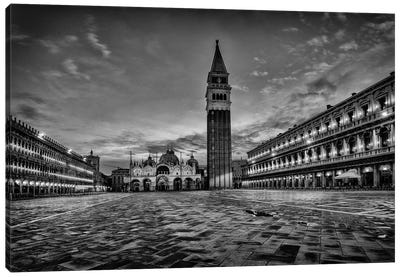 B&W On the Square Canvas Art Print