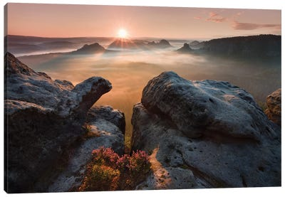 Sunrise On The Rocks Canvas Art Print