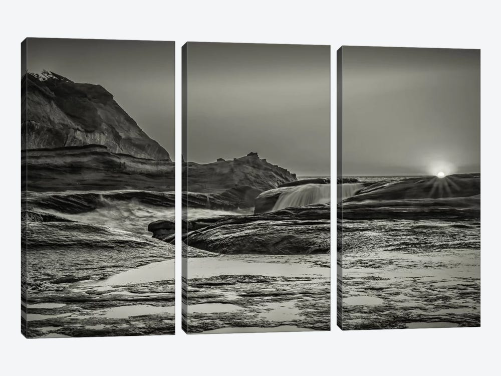 Sundown Over The Ocean Rocks 3-piece Canvas Wall Art